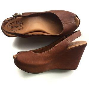 Kork-Ease Leather Sarah peep toe wedges 9